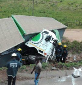 Truck rollover on the N3 direction Pietermaritzburg in Durban.
