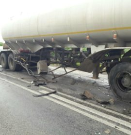 2 Killed after side-swiping truck during illegal overtaking in Limpopo