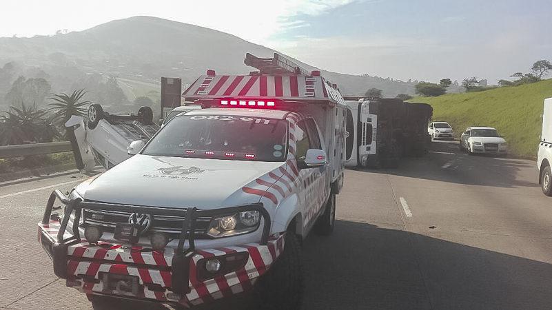 Truck overturned on N3 Peacevale