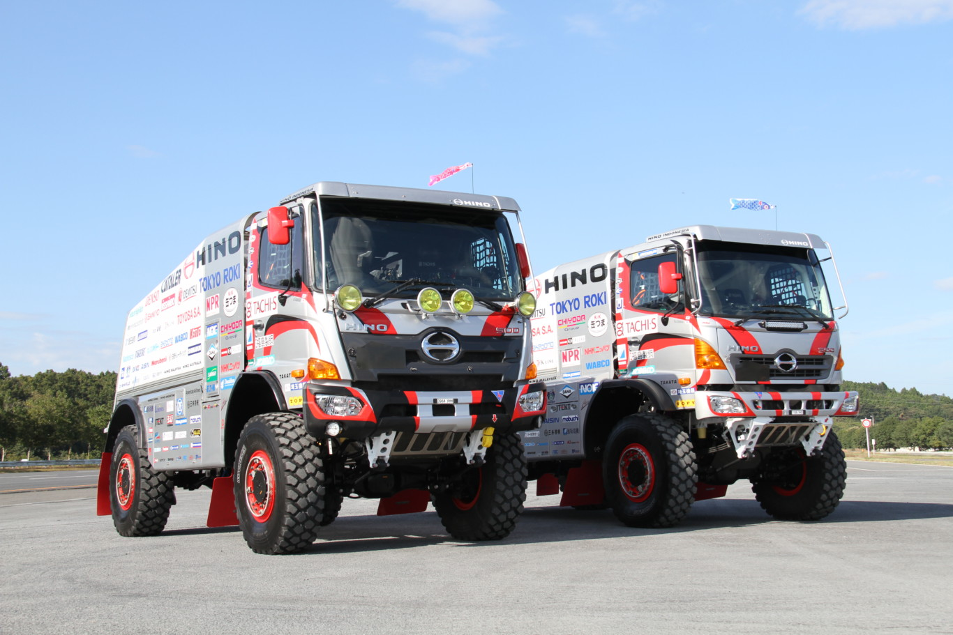 Hino 500 Series >> Hino aims to continue reliability record in its 26th Dakar Rally - Truck and Freight Information ...