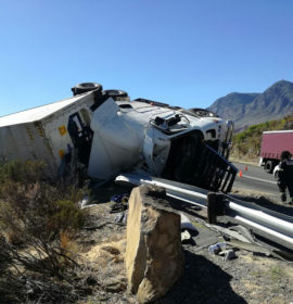 Truck crash on Sir Lowry's Pass, one injured