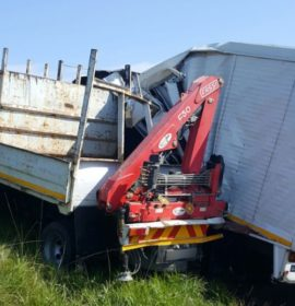 Six people injured when two trucks collided on the N2 southbound in the Umgabba area in KwaZulu-Natal