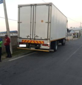 Suspects break into truck and flee with six cases of biscuits on Ally Road