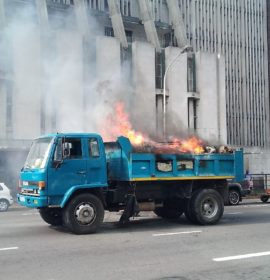 No injuries in Truck Fire in Anton Lembede Street before Aliwal Street