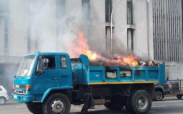 No injuries in Truck Fire in Anton Lembede Street before Aliwal Street