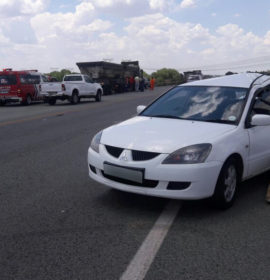 Truck rear-ends car leaving three injured on the R59 near the Deneysville turnoff in Viljoensdrift.