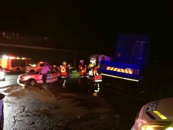 KZN: Two injured in truck collision in Doonside