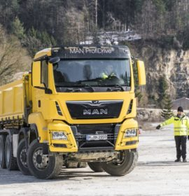 Offroad & Traction – successful pilot training for the tipper truck sector with MAN ProfiDrive®