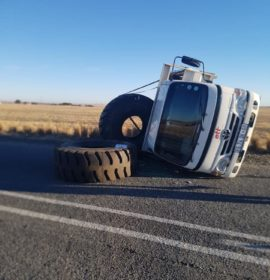 Truck rollover on the R34 about 6 Kilometers from Heilbron to Frankfort.