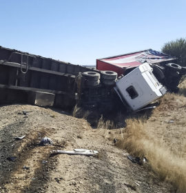 Head-on collision between two trucks on the N8 near Kimberly