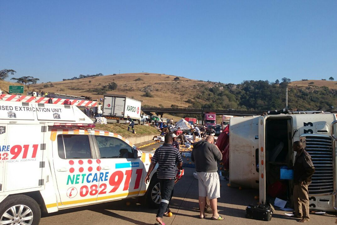 Truck rollover causes road closure on N3 at Hammersdale - Truck and