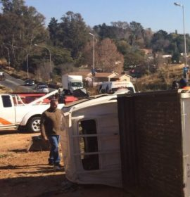 Truck overturns near the M30 in Corlett Gardens in Johannesburg.