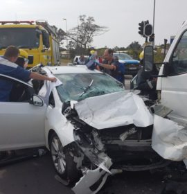 1 Entrapped and 3 others injured in collision in Pinetown