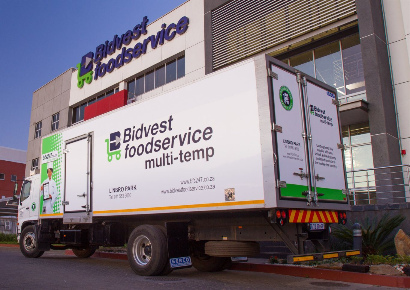 Bidvest Food Services has bought more than 85 Hino trucks from Hino Midrand for its national delivery fleet, which consists of more than 200 vehicles, mainly Hinos.