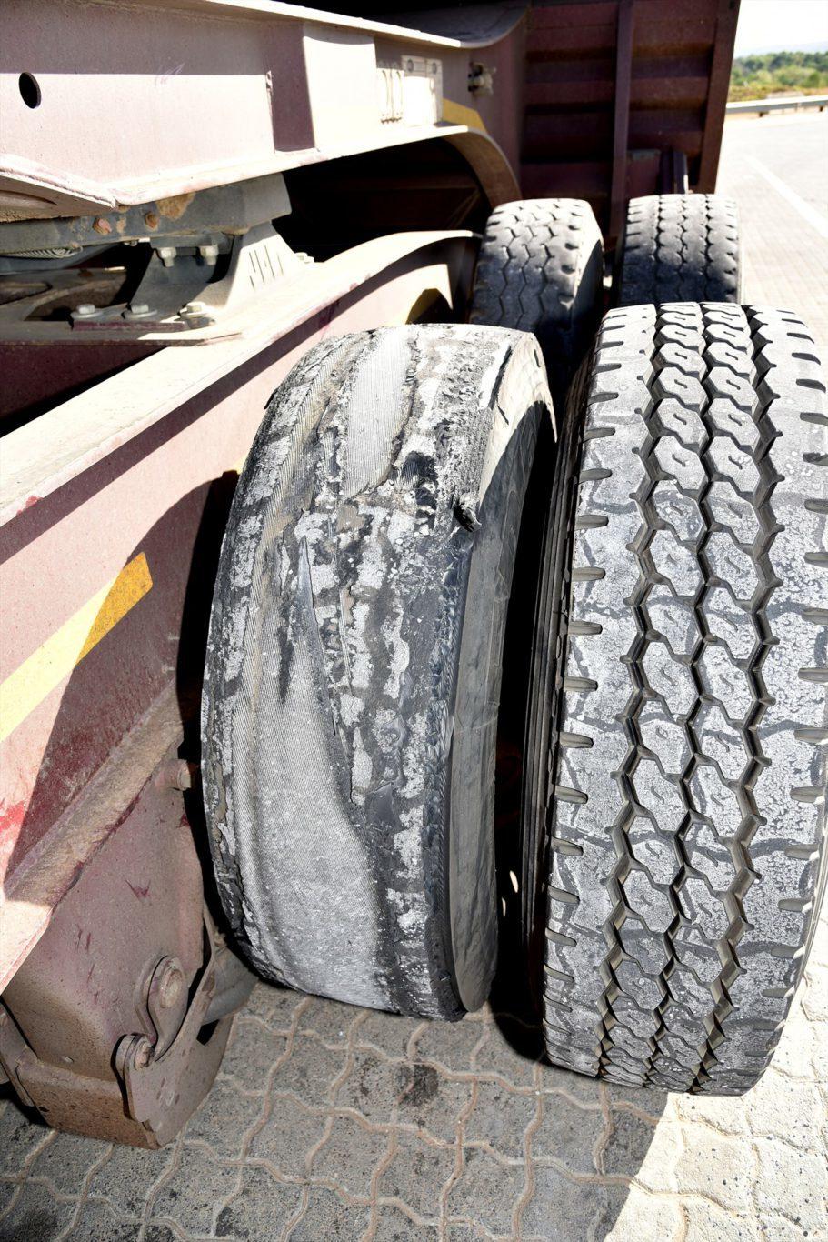 truck-tyre-unroadforthy