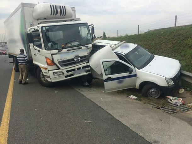 A collision on N3 North Johannesburg South - Truck and