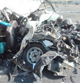 """1 Killed as """"jack-knife"""" trucks collide with two cars on N2."""