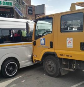 Municipal Truck Collides Into Stationary Taxi, Verulam