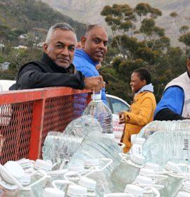 Daimler Trucks & Buses' FleetBoard SA comes to the aid of the drought-stricken area of Imizamo Yethu