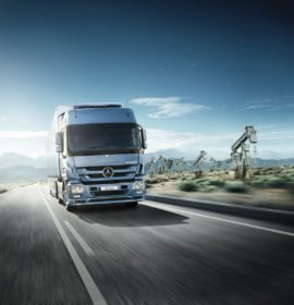 Mercedes-Benz Trucks poised to train 200 commercial vehicle drivers as part of October's National Transport Month