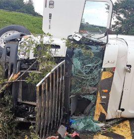 Three people were injured in a truck crash on the M13 near Dawncliffe Westville