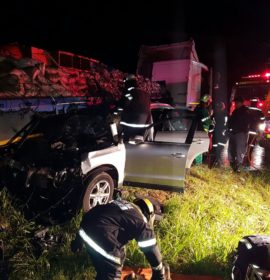 Truck and car collide killing two, injuring three on the R404 in George, in the Western Cape.