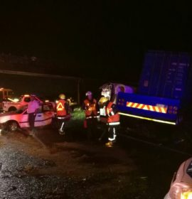 KZN: Two injured in truck collision in Doonside