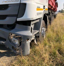 Gauteng: Truck and car collide, two injured on the Golden Highway in Vanderbijlpark