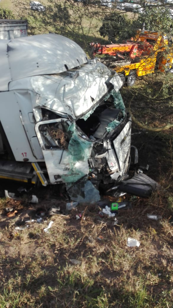 Jaws of Life used to free driver after crash on the M1 Richmond road