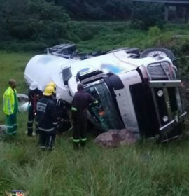 Two people have been seriously injured in a truck accident on the M7 West bound onramp to Hans Dettman Highway