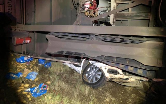 Two persons miraculously escaped death in collision with truck on the N6 between Reddersburg and Smithfield