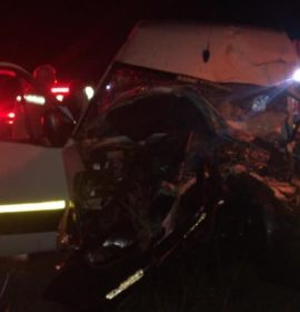 Several injured when minibus rear-ends truck on the N1 north after Walmansdaal.