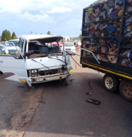 Taxi rear-ends truck leaving seven injured in De Deur