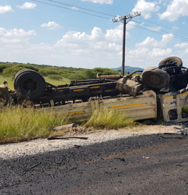 Driver killed in a collision between bakkie and truck outside Polokwane