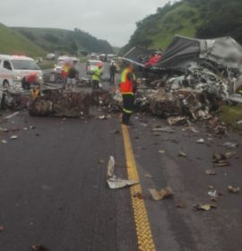 Truck drivers injured in N3 Shongweni crash