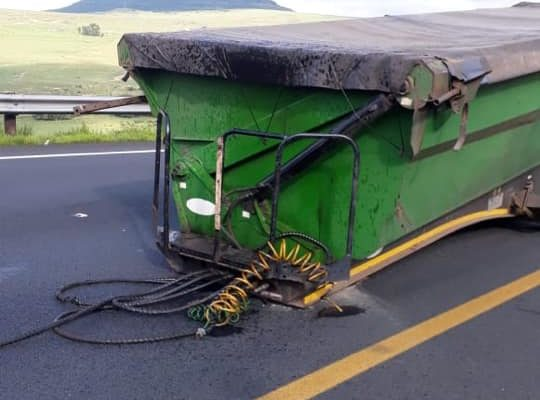 Recovery after trailer uncouples from truck on the N3