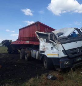 Injuries in truck rollover in Centurion