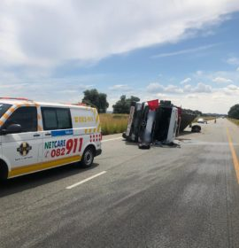 Free State: Truck driver injured following rollover near the R59, Parys