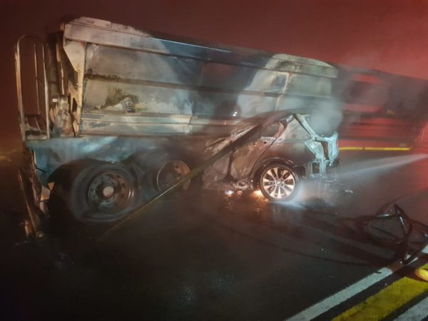 One killed in collision between truck and vehicle on the N17 in Springs