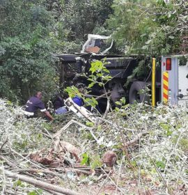 Truck driver lost control resulting in the truck to go over the edge of the Long Tom Pass