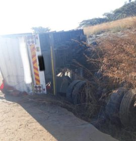 One dead in a truck rollover near Harrismith