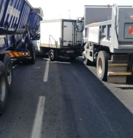 Trucks and bakkie collide on the R28