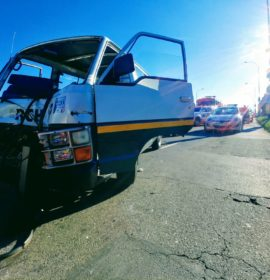 Four vehicle collision on Ontdekkers Road