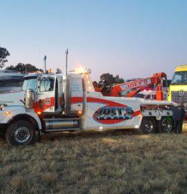 Truck rollover on the N5 near Harrismith
