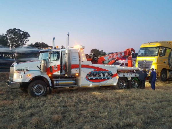 Truck rollover on the N5 near Harrismith