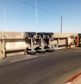 A truck overtuned leaving one occupant with minor injuries in Cape Town