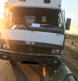 Three injured in R512 crash
