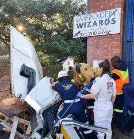 3 Injured in Truck crash in Pinetown