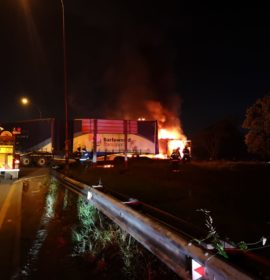 KwaZulu-Natal: Trucks burnt on N3