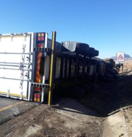 One injured when a truck overturned on the N3